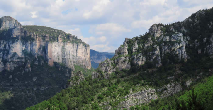 Gorges de la Jonte (Ron Fitton and Val Appleyard)